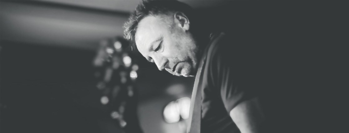 14 - Peter Hook & The Light